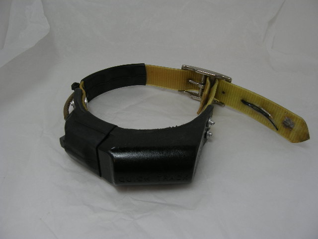 USED Quick Track Collar 217.055 on a Yellow Strap