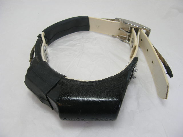 USED Quick Track Collar 216.927 on White strap