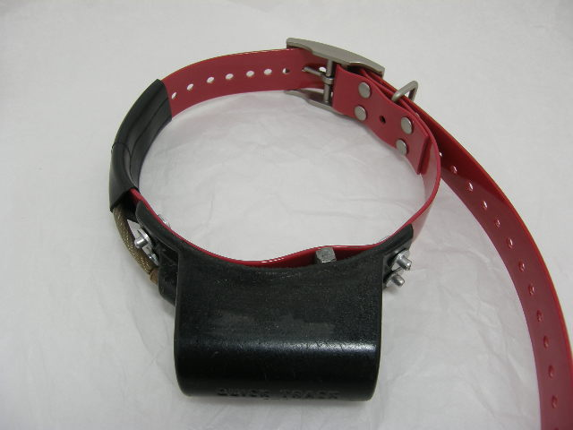 USED Quick Track Tracking Collar Slipper Style 218.425 on a NEW Red strap